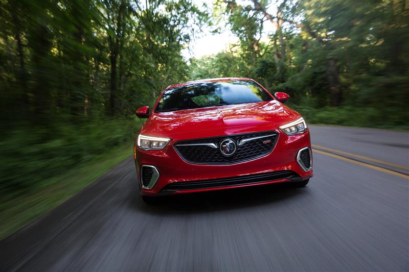 14 Buick Regal Gs >> 2018 Buick Regal GS Image. Photo 7 of 14