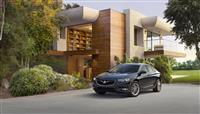 2018 Buick Regal Sportback image.