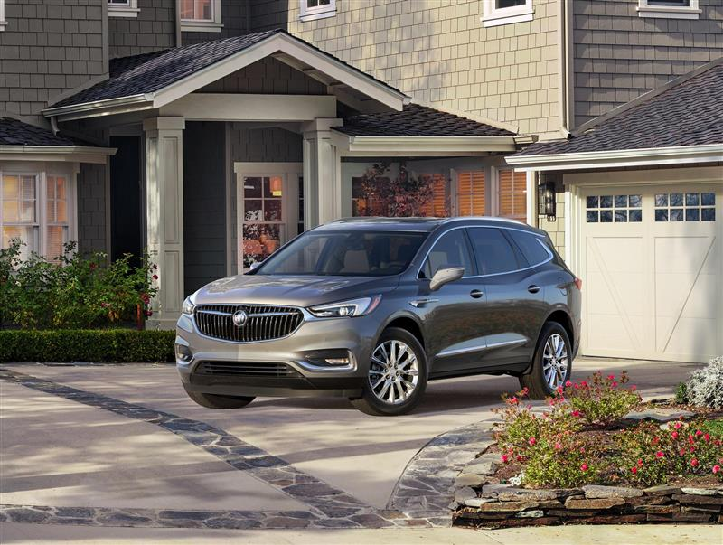 Buick Enclave pictures and wallpaper