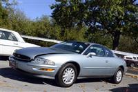 1996 Buick Riviera image.