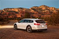 Popular 2019 Buick Regal TourX Wallpaper