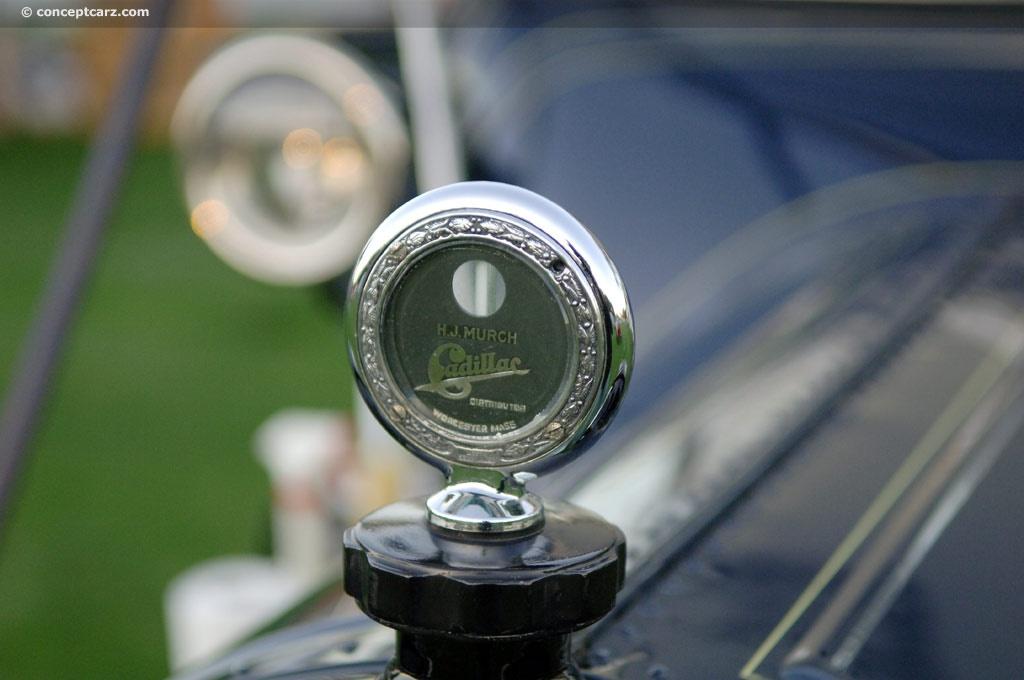 1913 Cadillac Model 30