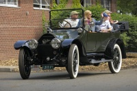 1914 Cadillac Model 30 image.