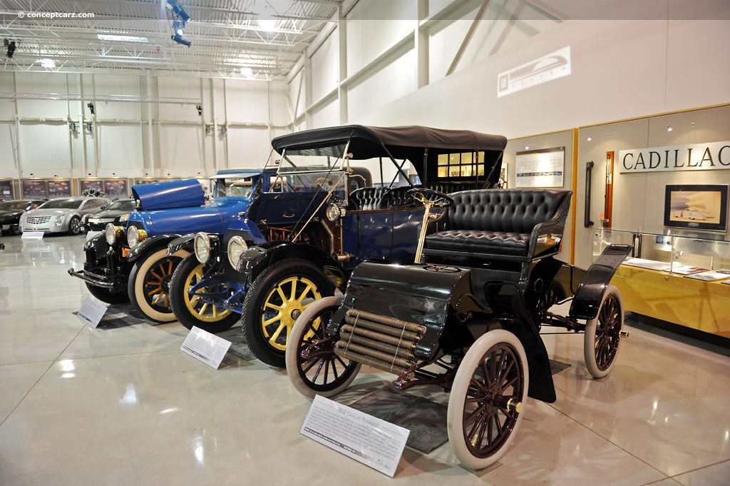 1902 Cadillac Runabout History, Pictures, Sales Value, Research and