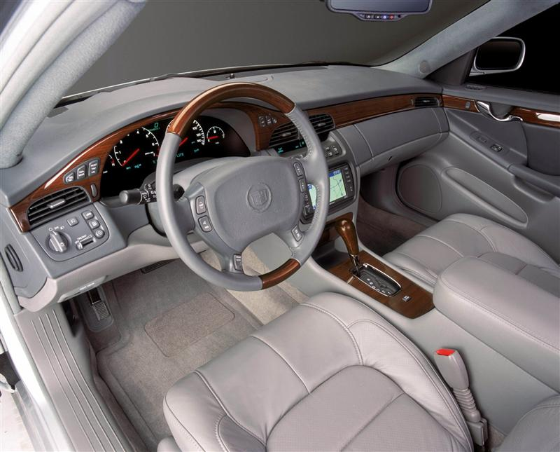 2002 Cadillac DeVille Image. Photo 3 of 25