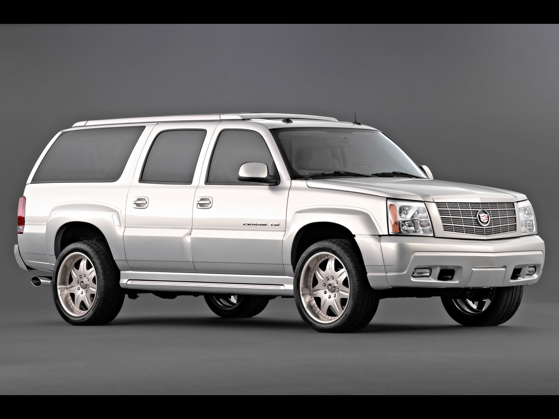 2003 Cadillac Escalade ESV History, Pictures, Sales Value ...