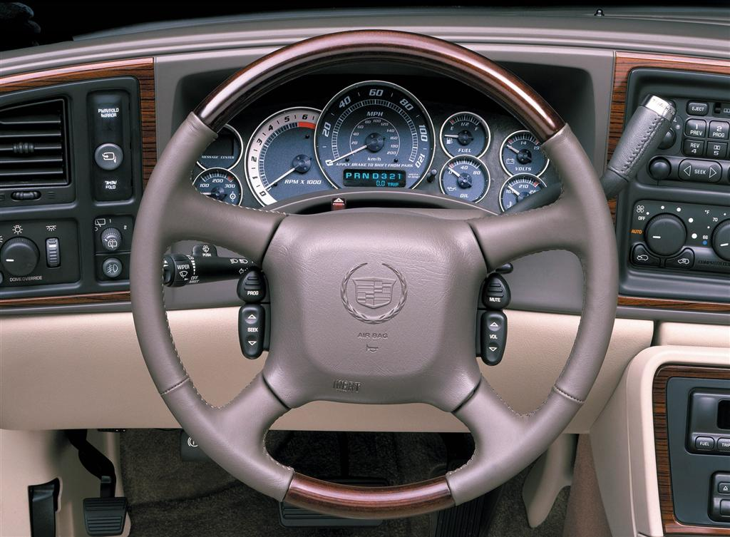 Auction results and sales data for 2004 cadillac escalade for 2006 cadillac escalade interior