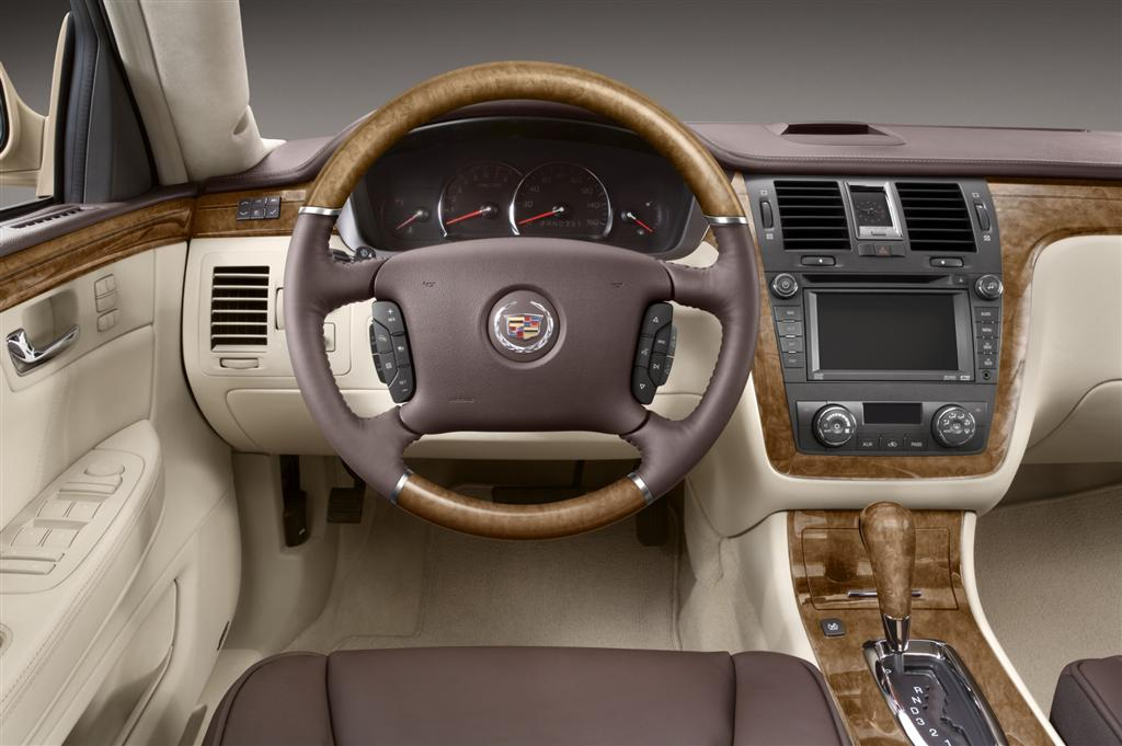 2010 Cadillac Dts News And Information Conceptcarz Com