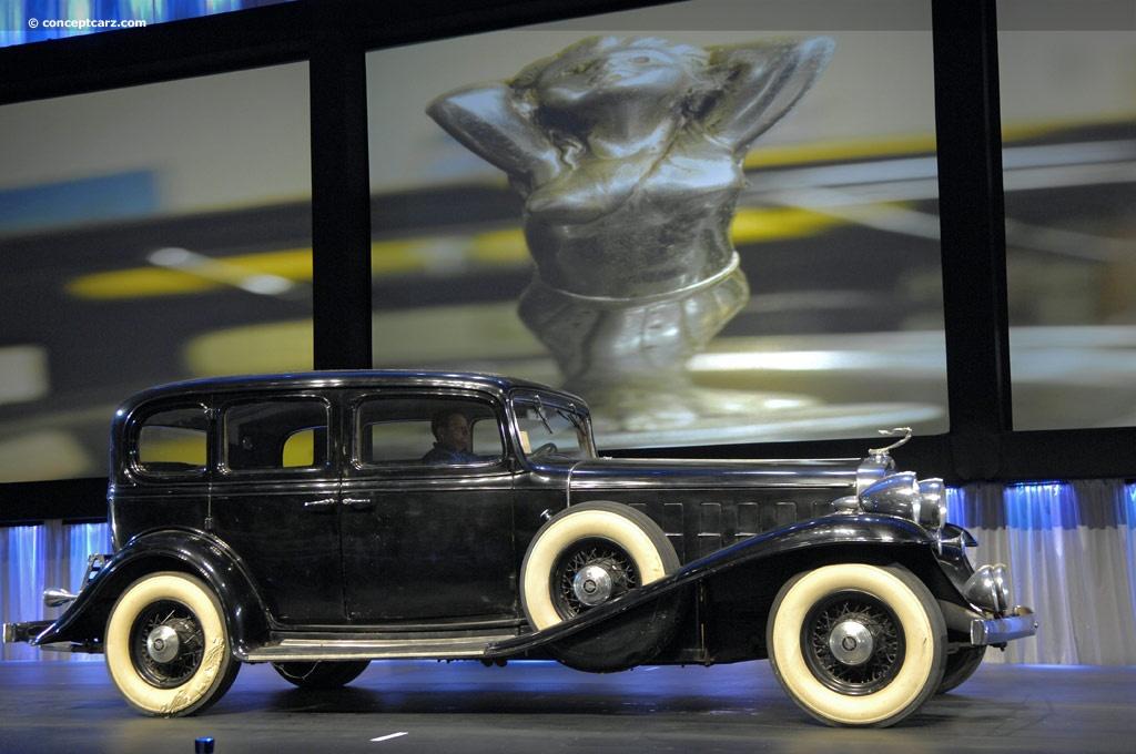 1932 Cadillac Series 452-B Sixteen