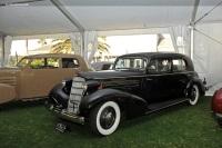1935 Cadillac Model 355 image.