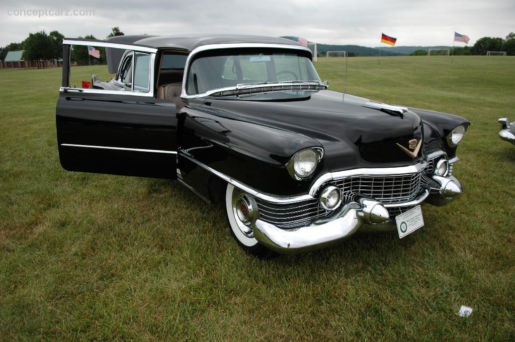 1954 Cadillac Series 75 Fleetwood