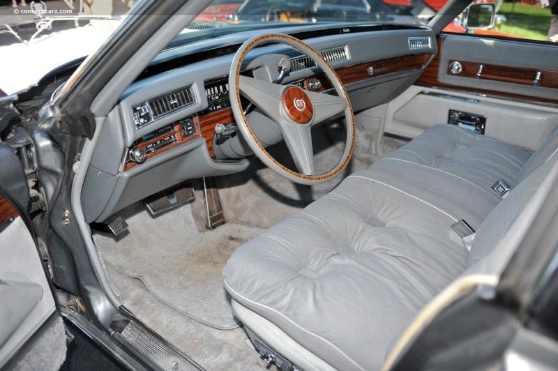 1976 Cadillac Fleetwood Sixty Special Brougham