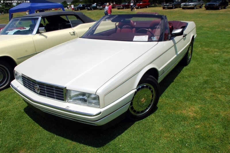 1989 Cadillac Allante Image. Photo 21 of 22