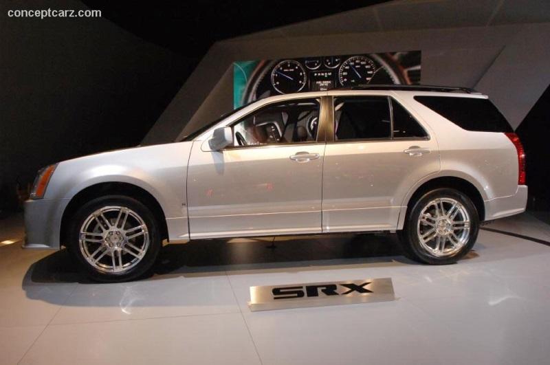 2007 Cadillac SRX Image. Photo 4 of 18