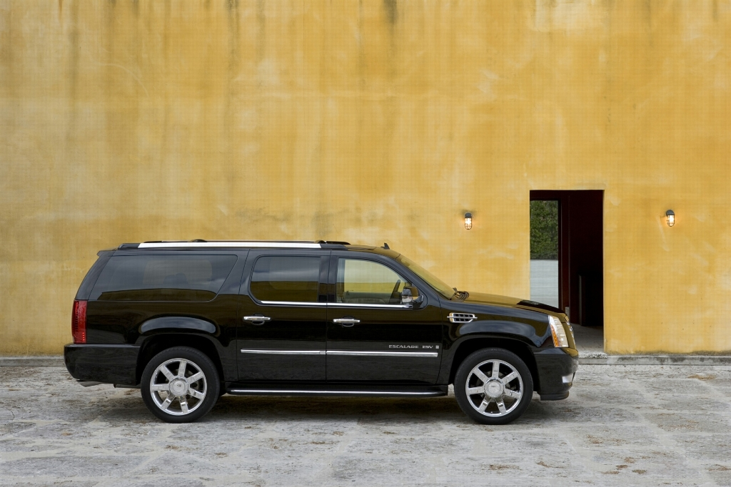escalade and auction sales image results cadillac data manu valuation for