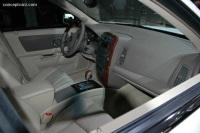 2006 Cadillac SRX image.