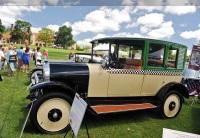 1923 Checker H-2 image.