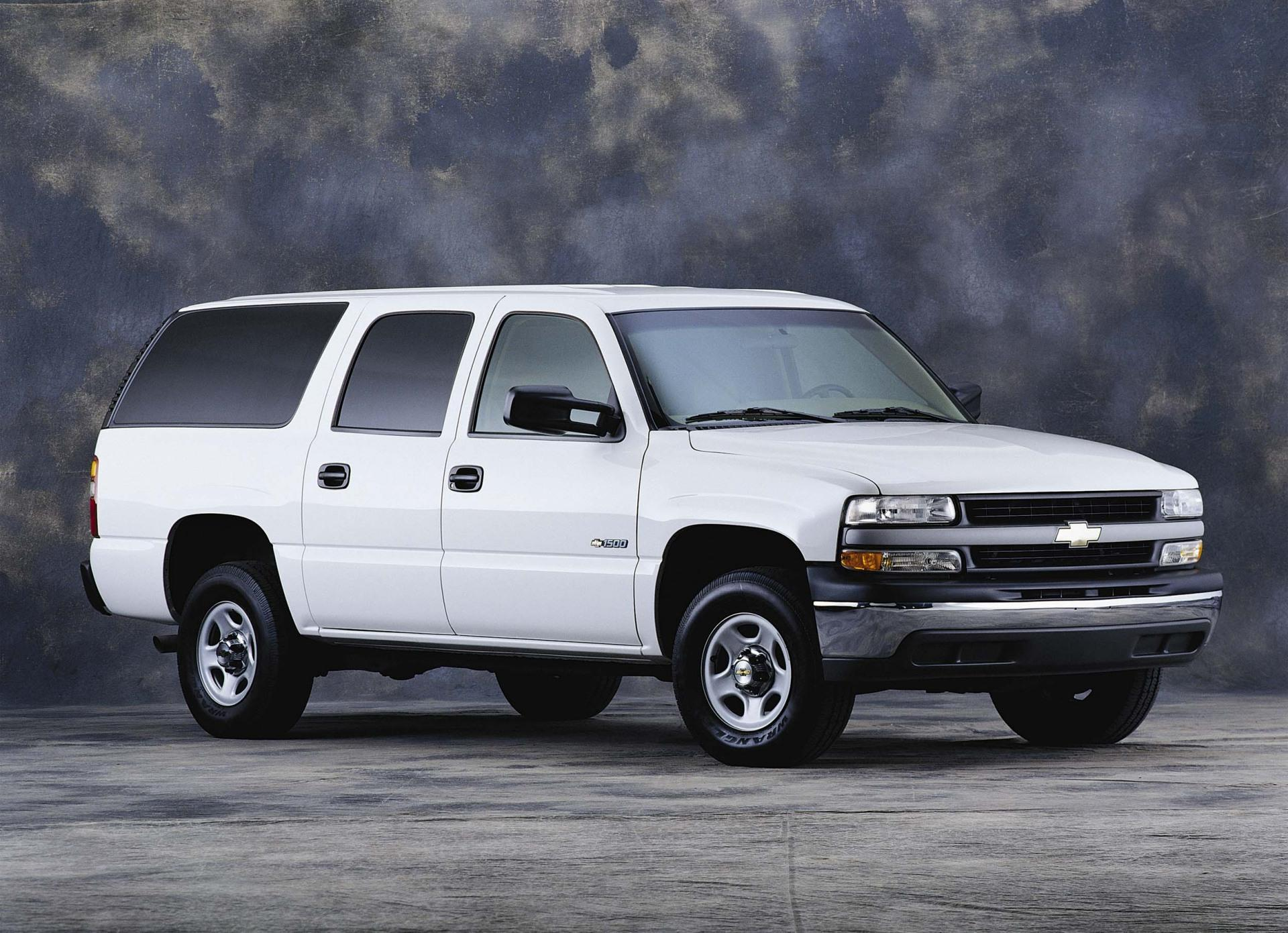 2001 Chevrolet Suburban Pictures, History, Value, Research ...