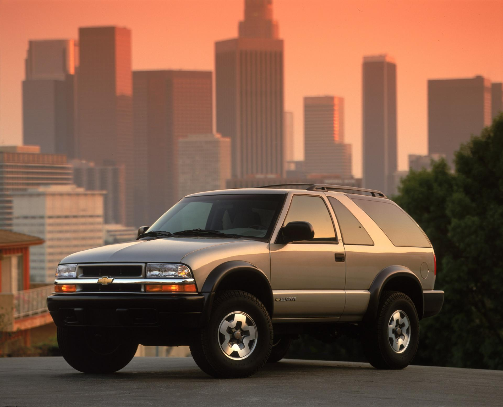 2002 Chevrolet Blazer History, Pictures, Value, Auction Sales, Research and  News