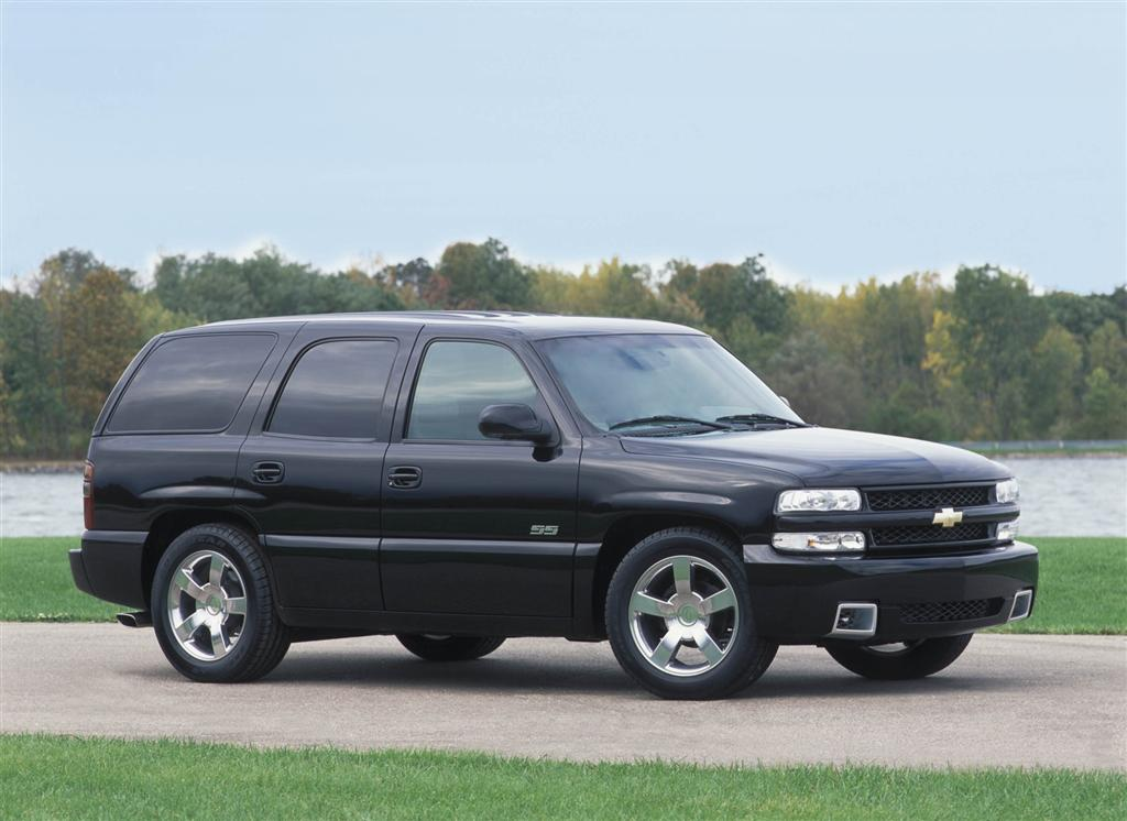 2002 chevrolet tahoe pictures history value research news. Black Bedroom Furniture Sets. Home Design Ideas