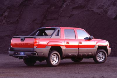 Longest Lasting Suv >> 2004 Chevrolet Avalanche Pictures, History, Value, Research, News - conceptcarz.com