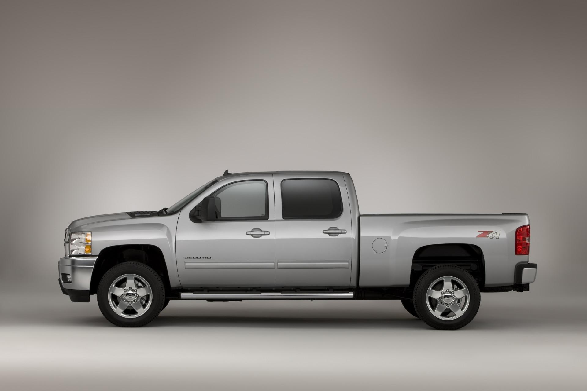 2011 Chevrolet Silverado Hd News And Information 1966 Truck C10 12 Ton Pu 2wd 4