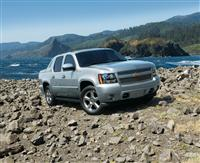 2013 Chevrolet Black Diamond Avalanche image.