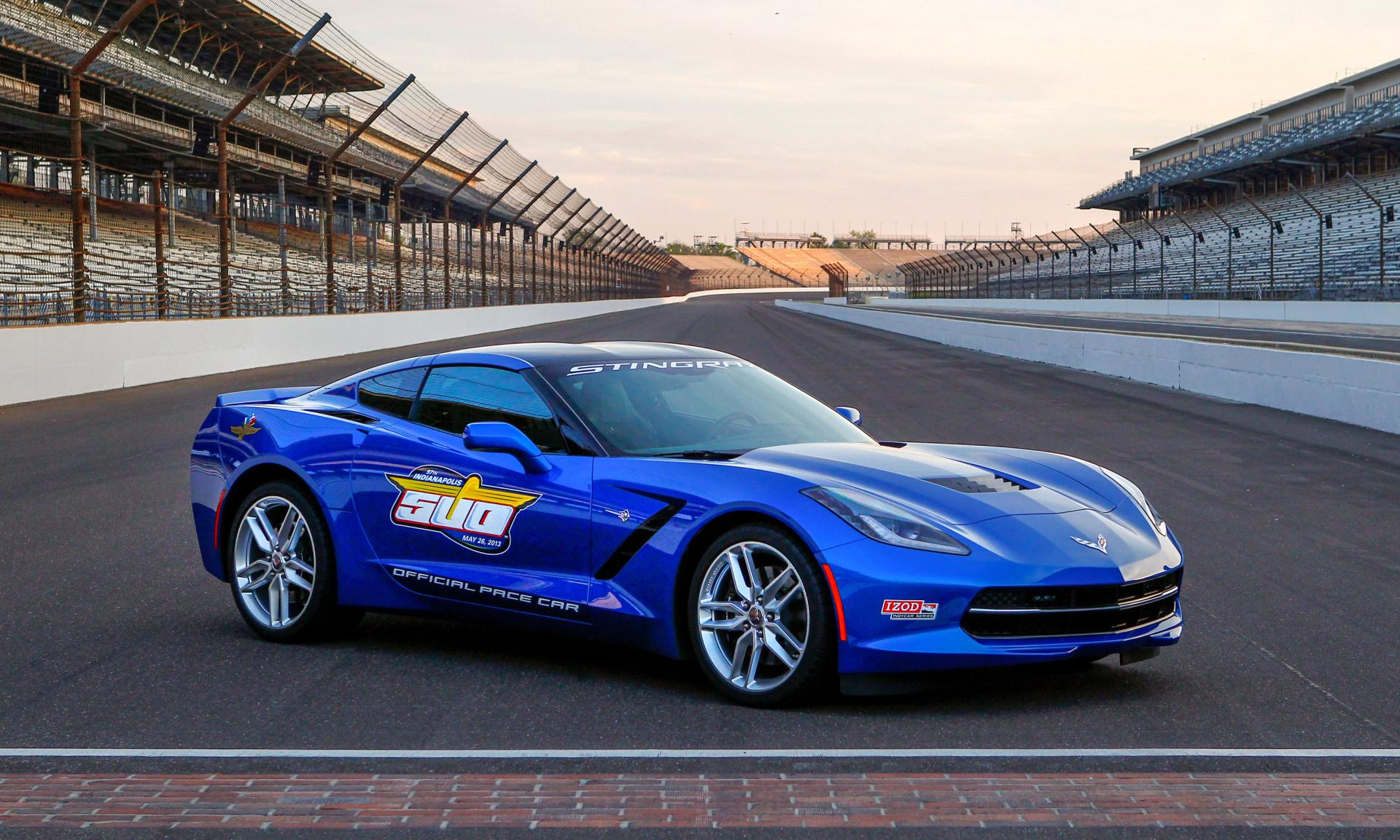 2014 chevrolet corvette stingray indy 500 pace car news and information. Black Bedroom Furniture Sets. Home Design Ideas