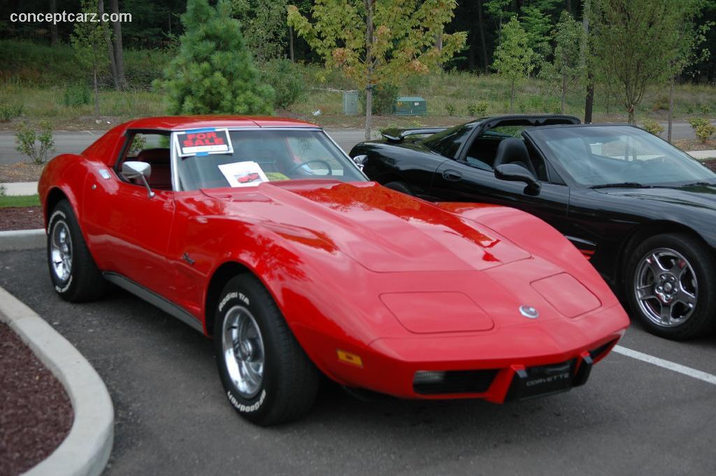 1975 chevrolet corvette c3 pictures history value. Black Bedroom Furniture Sets. Home Design Ideas
