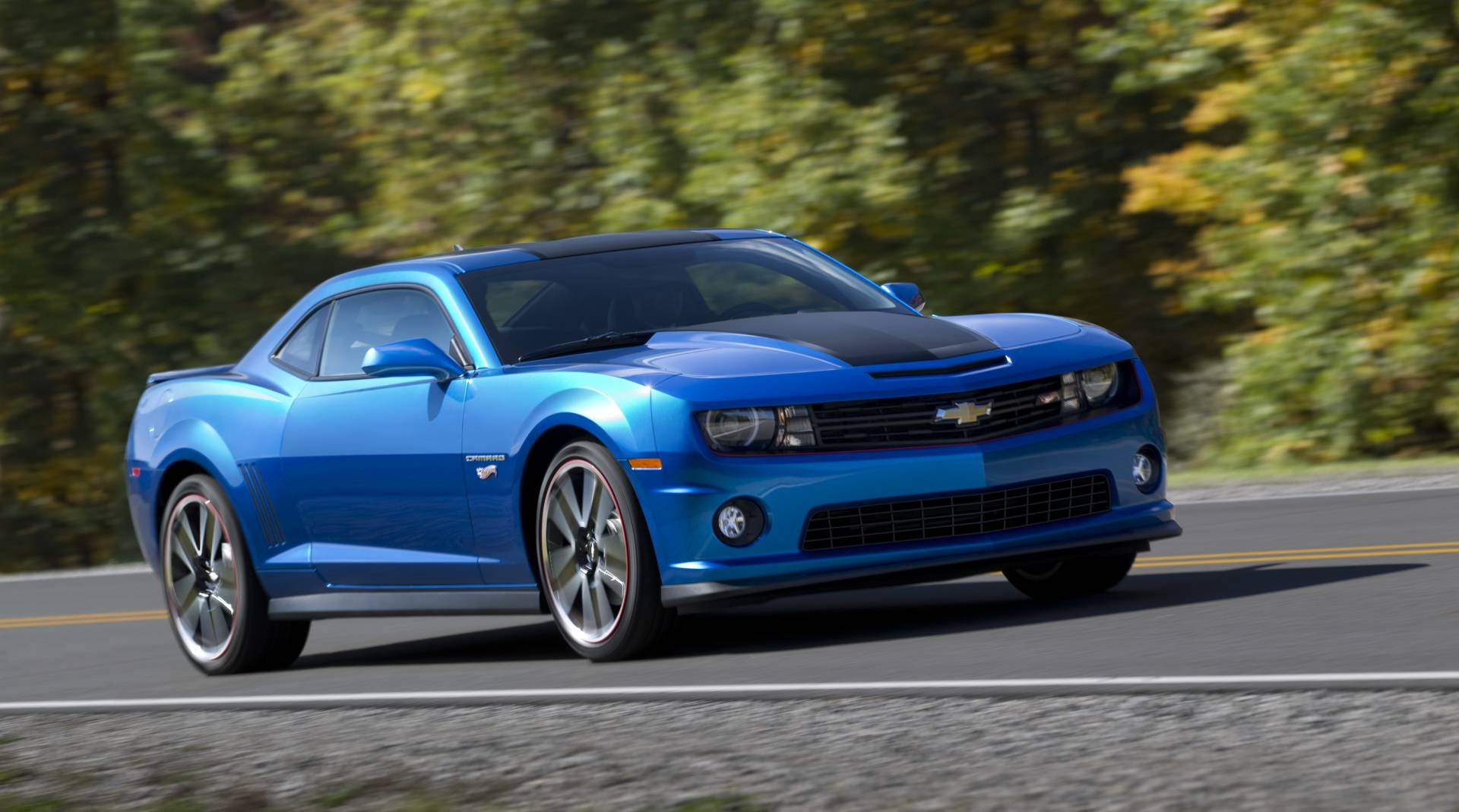 2012 chevrolet camaro hot wheels edition news and information. Black Bedroom Furniture Sets. Home Design Ideas