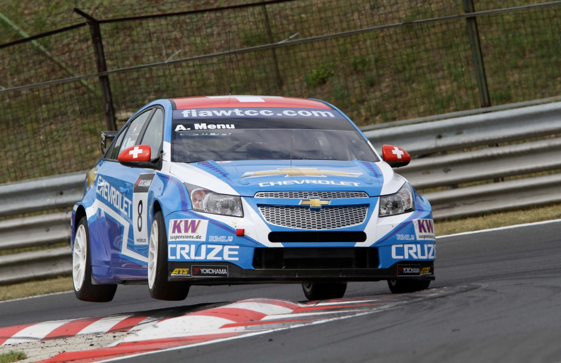 2011 Chevrolet Cruze WTCC News and Information
