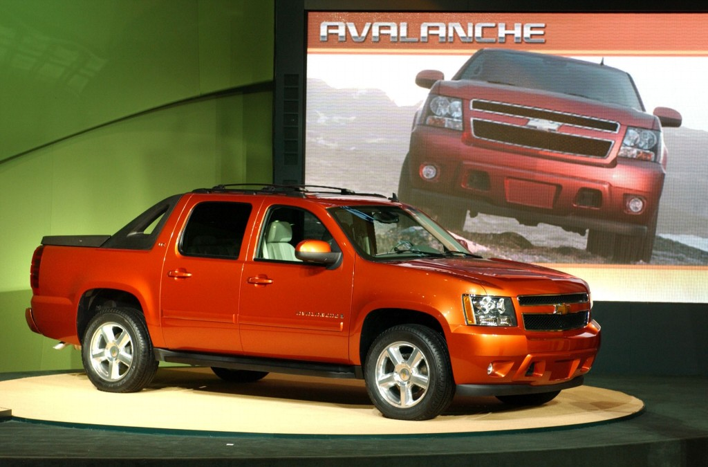 2007 chevrolet avalanche pictures history value. Black Bedroom Furniture Sets. Home Design Ideas
