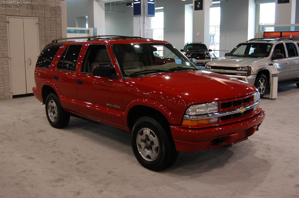 2004 Chevrolet Blazer History Pictures Value Auction Sales
