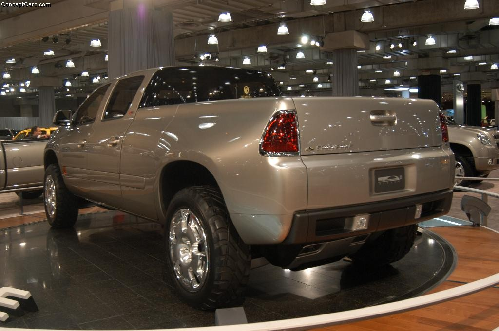 2003 Chevrolet Cheyenne Concept Image. Photo 10 of 46
