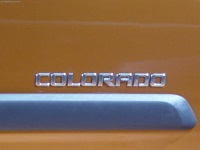 2004 Chevrolet Colorado image.