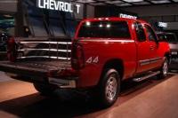 2003 Chevrolet Silverado image.