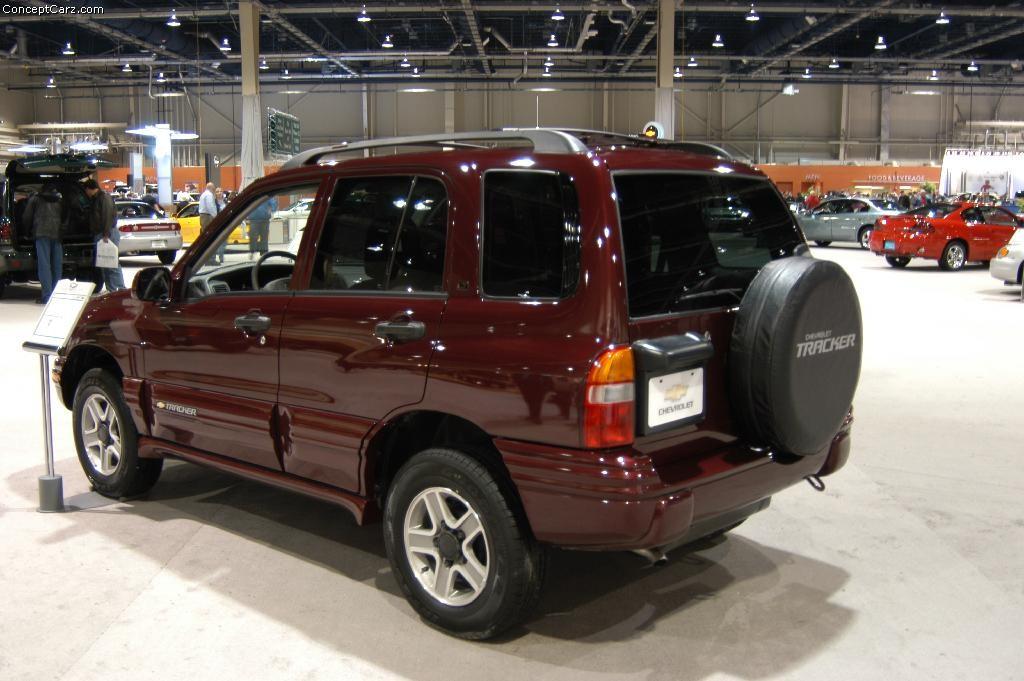Chevy Blazer Concept >> 2003 Chevrolet Tracker Image. https://www.conceptcarz.com/images/Chevrolet/chevy_tracker ...