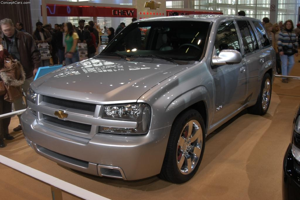 2003 Chevrolet Trailblazer Image. Photo 3 of 14