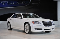 2011 Chrysler 300 image.