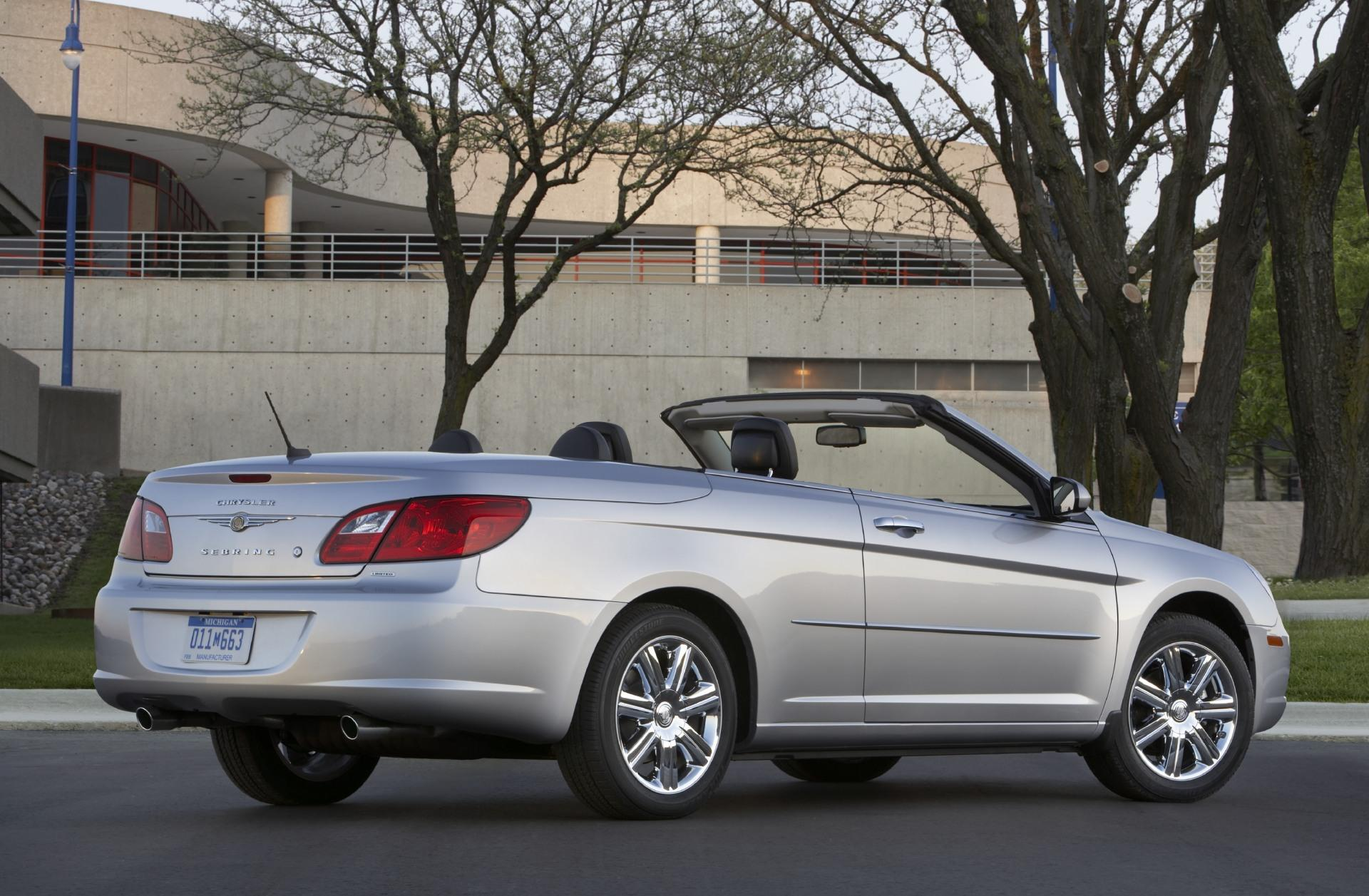 2010 chrysler sebring convertible news and information. Black Bedroom Furniture Sets. Home Design Ideas