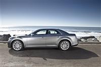 2012 Chrysler 300 image.