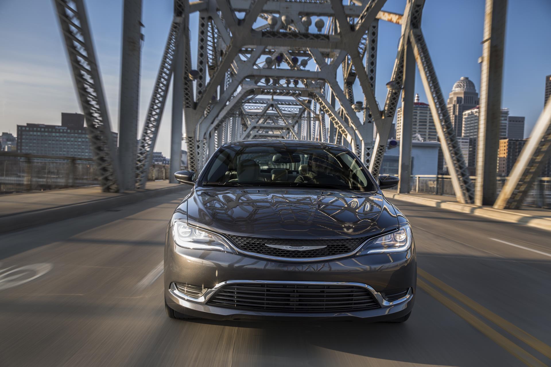 Chrysler 200: Electronic Vehicle Information Center (EVIC) Displays