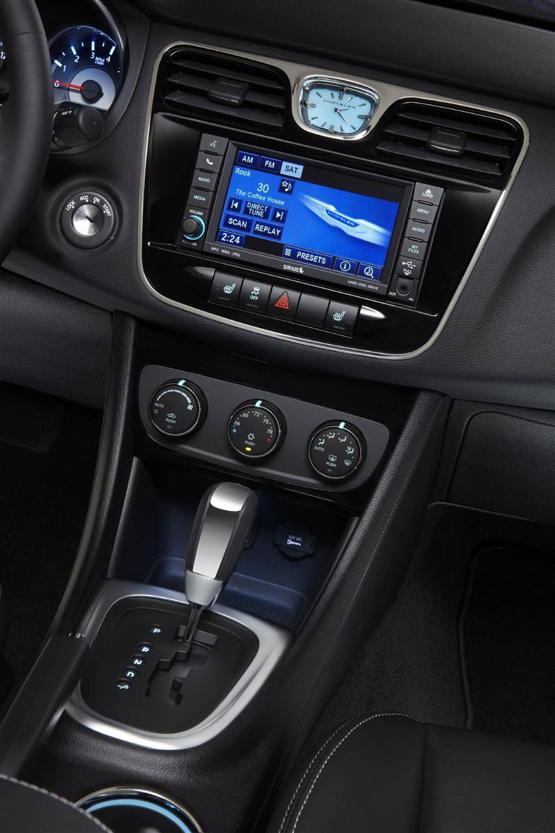 2015 White Chrysler 200 >> 2013 Chrysler 200 Convertible Image. Photo 4 of 16