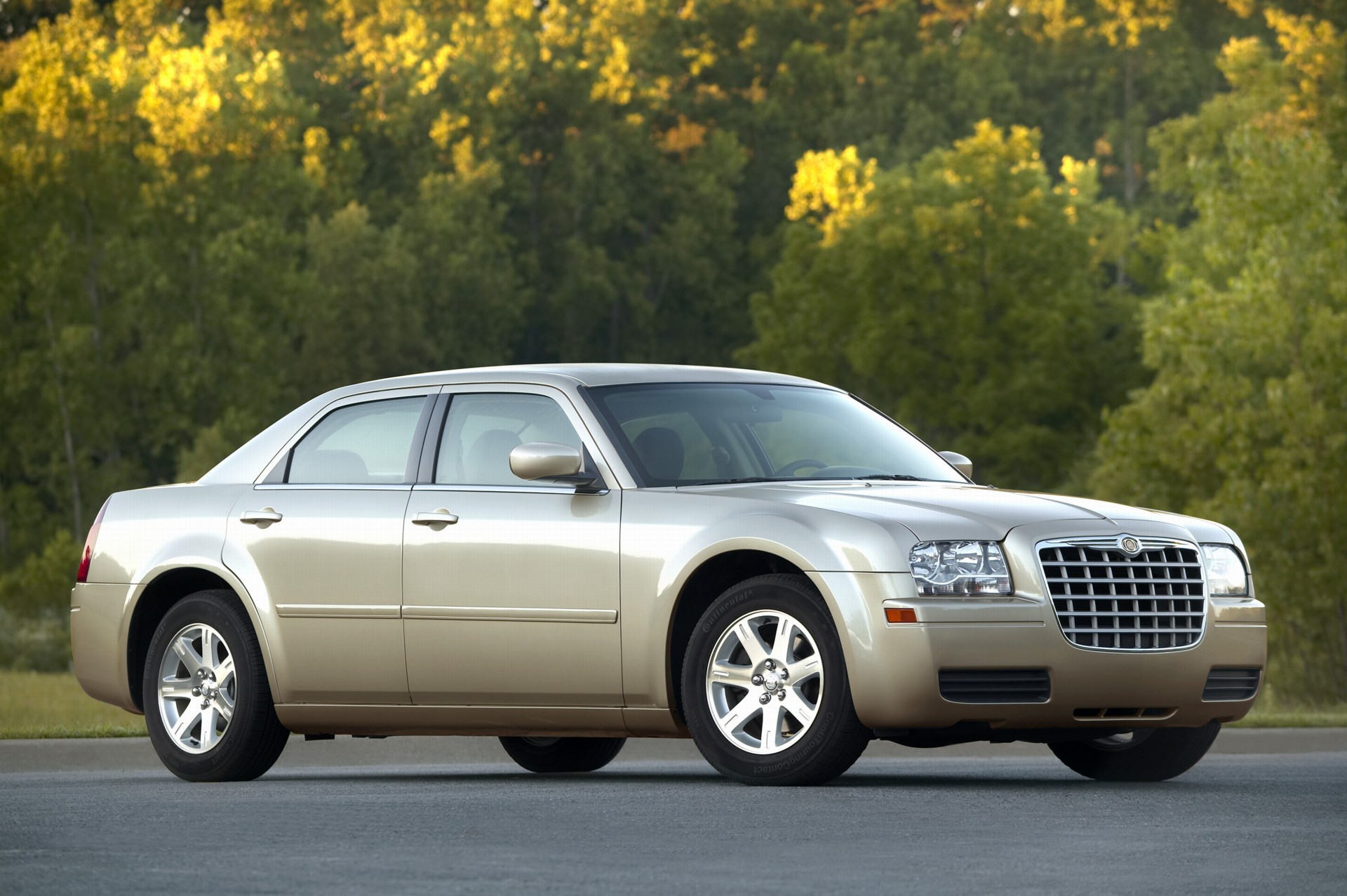 2007 Chrysler 300 History, Pictures, Value, Auction Sales, Research and News