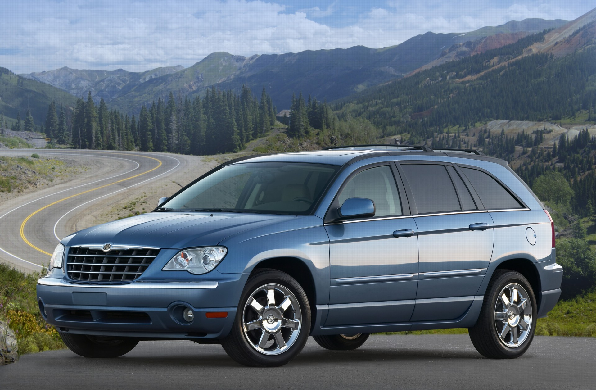 2007 Chrysler Pacifica History, Pictures, Value, Auction Sales, Research and News