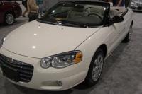 2004 Chrysler Sebring image.