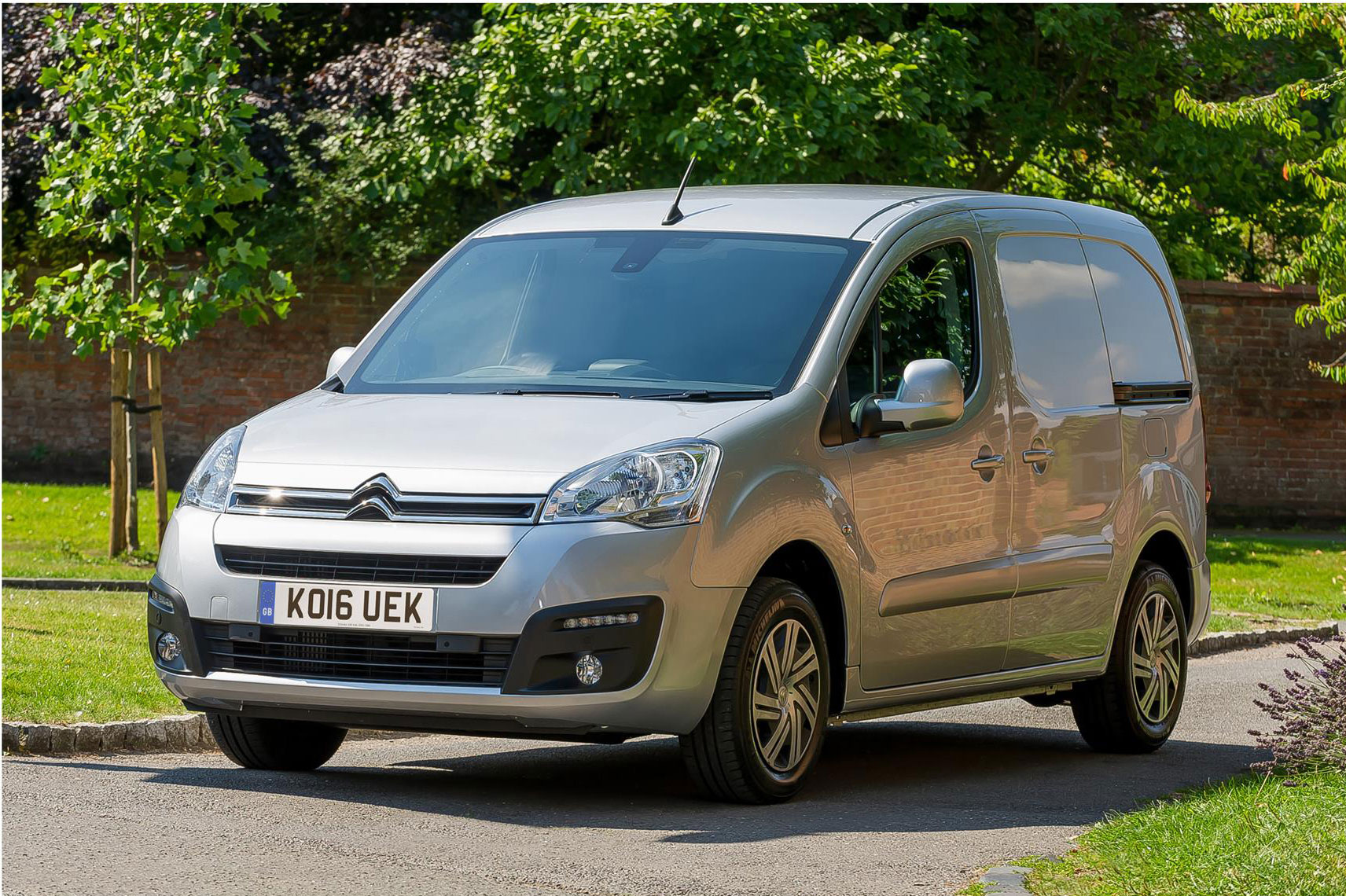 Citroen Berlingo Car Sales