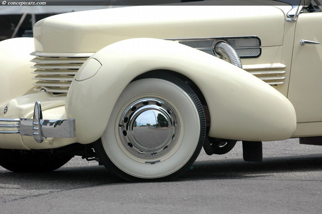 1937 Cord 812 Image Chassis Number 31690h