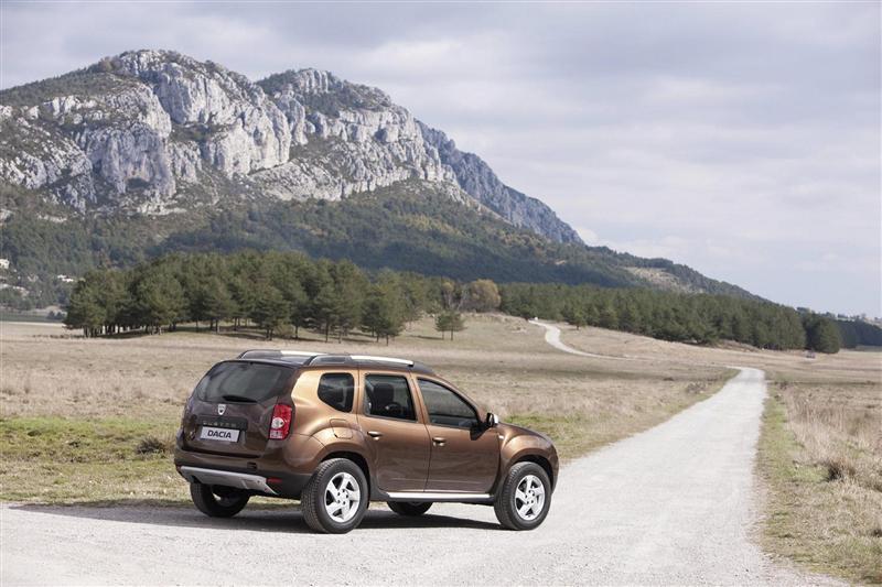 2011 Dacia Duster thumbnail image