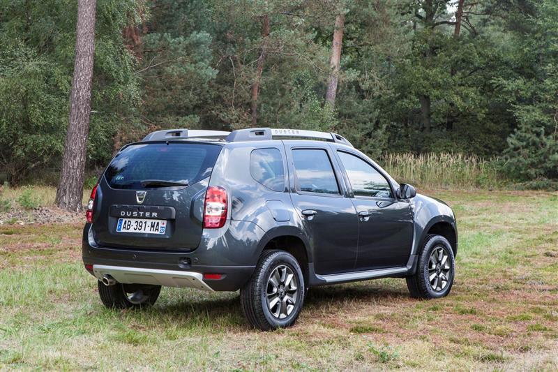 2014 Dacia Duster News and Information   conceptcarz.com